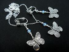 Una de plata tibetana butterfly/opalite Collar Y Clip En pendiente conjunto. Nuevo.