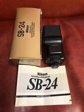 Nikon speedlight sb 24 utilizada