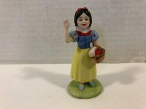 The Disney Collection Snow White Porcelain Figurine Walt Disney Company 1987