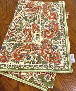 """April Cornell Paisley Floral Rectangle Tablecloth  60"""" x 84"""""""