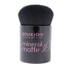 Productos de maquillaje en negro Bourjois