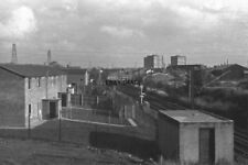 PHOTO  1978 VIEW OF THE GRAND JUNCTION LINE FROM NEACHELLS LANE BRIDGE LOOKING T