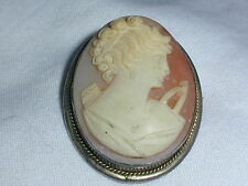 LOVELY! OLD ART DECO HAND CARVED SHELL CAMEO BROOCH/ PENDANT!