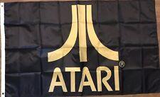 Atari Flagge 3x5 schwarz Banner Pong Frogger Pac-Man Videospiel Höhle