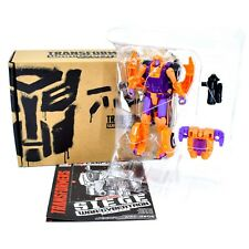 Takara WFC-GS05 Transformers Generations Selects Deluxe Class Autobot Lancer