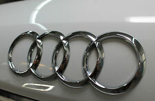 Original Audi A3 A4 A6 RS4  Audi Ringe Audi Zeichen  für hinten 8E9853742 2ZZ