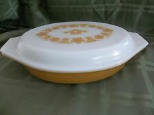 RETRO  YELLOW Pyrex Ovenware Oval Divided Dish W/ Lid  Casserole 1.5 Qt