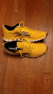 Reebok Mens Realflex Speed J90582 Yellow Running Shoes Lace Up Low Top Size 14