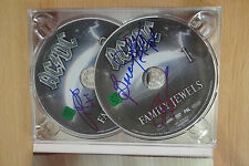 "AC/DC AUTOGRAFI SIGNED su DVD 's ""Family Jewels"""