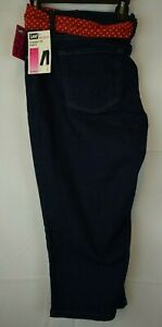 Lee Women's Classic Fit Capri with Belt Slimming Stretch Denim Size 18W - New