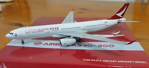 Cathay Dragon Airbus A330-300 scale 1:400 registration B-HYQ
