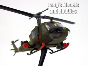 Bell UH-1 Iroquois (Huey) Gunship 1/87 Scale Diecast Metal Model by Power Model