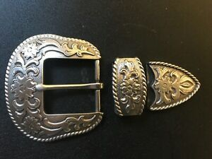 3 piece floral engraved Western,cowboy,cowgirl belt buckle.Silver plaiting .