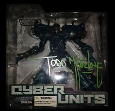 2005 CYBER UNITS DEFENDER figure  001 TODD MCFARLANE AUTOGRAPH HAND SIGNED MOC
