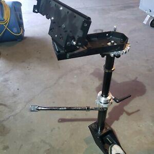 One HAVIS LEDCO Combo SWING ARM C-MD-102, C-MD-202, Pole & Bolt & C-HDM-100 Base