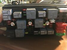 2005 CADILLAC DTS FUSE BOX RELAY CONTROL MODULE USED