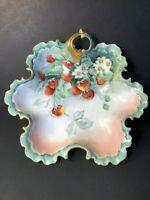 Antique Porcelain (1891-1906) Rosenthal R & C Monbijou  Painted Strawberries
