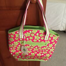 NWT LILLY PULITZER TOTE BAG PINK AND GREEN FLORAL WITH ZIPPER CLOSURE