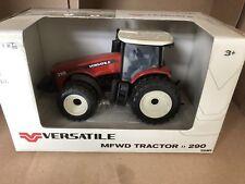 ERTL   1:32 Versatile 290 Tractor