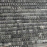 36p - HELVETICA Bleisatz Bleilettern Bleischrift Buchdruck 9mm Letterpress Type