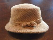 True Vintage Bucket / Cloche Style Women's Hat UNION Labelled In USA Cream Color