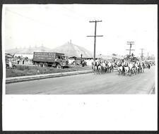 RINGLING BROS BARNUM & BAILEY CIRCUS HORSE TUCK TENT CAR PHOTO (234)