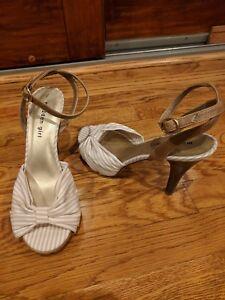 Madden Girl Fritzz Fabric Platform Sandal Shoe Heel Women's 8 US