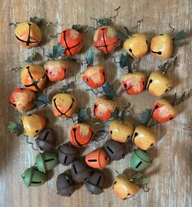 Vtg Jingle Bells-Primitive Lot 32 Fall Halloween Pumpkin-Acorn Metal Craft/Decor