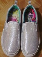 Faded Glory Girls Silver Sparkly Slip-on Boat Shoe Size 6