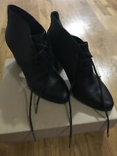 UGG Mackie Booties Size 8 New Black