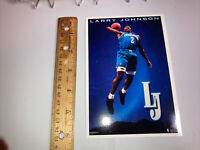 4 card  plus 1 Postcard lot Larry Johnson Charlotte Hornets Includes 2 Rookie Cd