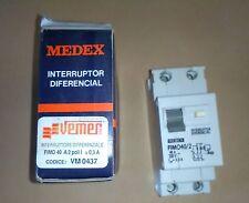 INTERRUTTORE DIFFERENZIALE  MEDEX 40A 2 POLI 220V CODICE VEMER VM0437