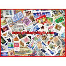 """Tous pays timbres """"Mission"""" sur fragments au kilo."""