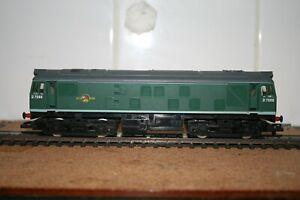 Hornby 00 Gauge BR Class 25 Diesel Locomotive D7596 In BR Green  R072