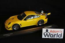 Minichamps Porsche 911 GT3R 2010 street version 1:18 yellow (JS)