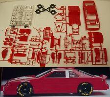 DONOR  NASCAR 1989-1992 FORD THUNDERBIRD STOCK CAR KIT w/9 Hole Wheel 1/24 RED