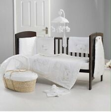 O'Baby B Is For Bear Cot Bumper And Quilt Set In White RRP-£59.99