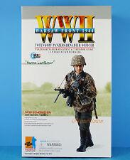 DRAGON FIGURE 1:6 WW2 GERMAN SOLDIER PANZERGRENADIER MP40 OFFICER WARSAW 70818