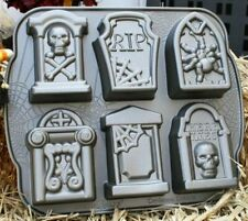 WILLIAMS-SONOMA TOMBSTONE CAKELETS PAN HALLOWEEN REST IN PEACE Nortic Ware!