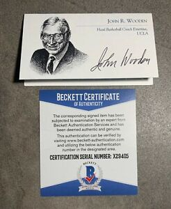 John Wooden Signed Business Card Beckett BAS COA UCLA Bruins HOF Auto