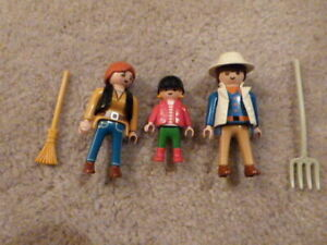 Pieces for Playmobil 3120 Horse Pony Farm 3 People, Rake, Pitch Fork Accessories