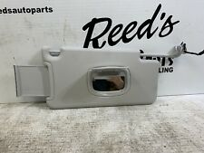2015-2018 JEEP RENEGADE PASSENGER SIDE GRAY SUNVISOR WLIGHT 691
