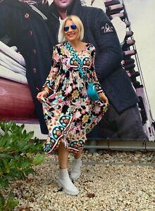 Sommer- Midi -Kleid ´von LOVE -SARAH mit 💀 Totenkopf  Print. Neue Kollektion!!