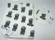 Doctor Mother Other Blanket + Baby bib - New with tags - Sloth on skateboard