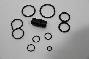 Audi A8 D2 FL V8 Oil Cooler Gasket Repair Kit New Genuine 077198405