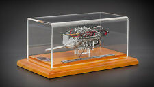 1960 MASERATI TIPO 61 BIRDCAGE ENGINE WITH SHOWCASE 1/18 DIECAST MODEL CMC 126