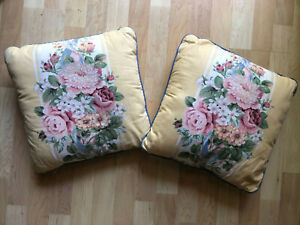 """PAIR VTG Croscill Princess 14"""" Square Bed Toss Pillows Yellow Blue Flowers Pearl"""