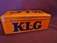 ancienne  boite à bougies KLG en tôle sérigraphiée-france-lethias paris