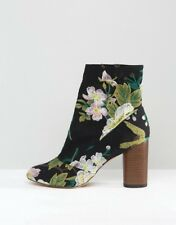 ASOS Embroidered Floral Ankle Boot Size 6