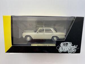 🔴  FALLER 1:43 Mercedes / 8 1967-76 W115 TAXI  Ed 43  RARE Mercedes Museum